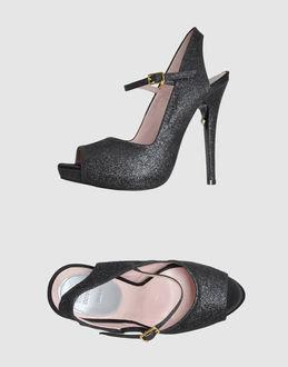 Patricia Rosales Platform sandals