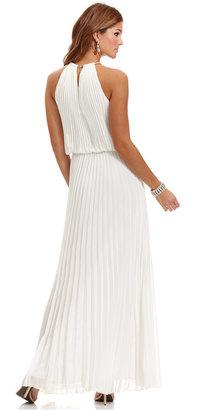Xscape Evenings Dress, Sleeveless Pleated Blouson Gown