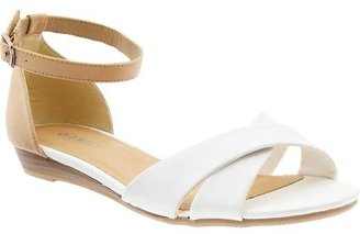 Old Navy Women's Faux-Leather Cross-Front Sandals