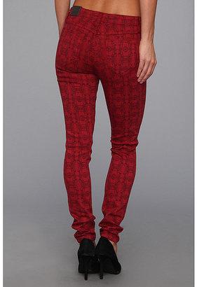 Bleu Lab Bleulab Reversible 8-Pocket Legging in Crimson Venetian Lace/Crimson Coating
