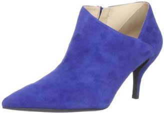 GUESS Women's Glori Ankle Boot