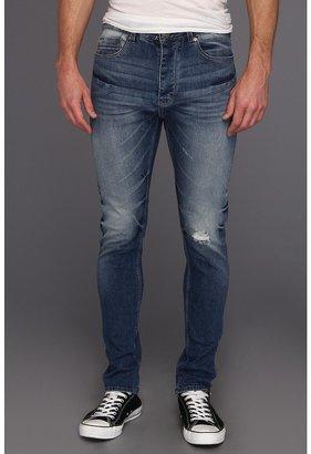 Calvin Klein Jeans Tapered Jean in Deep Sky (Deep Sky) - Apparel