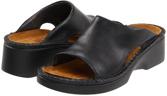 Naot Footwear Rome (Black Matte Leather) Women's Slip on Shoes