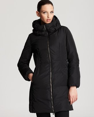 Moncler Renne Mid Down Coat