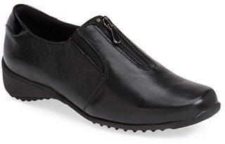 Women's Munro 'Berkley' Sneaker $209.95 thestylecure.com