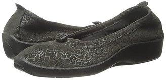 ARCOPEDICO L14 (Black) Women's Flat Shoes