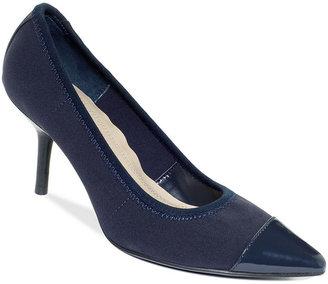 Ellen Tracy Shoes, Prato Pumps