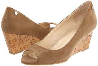 Calvin Klein Shelley (Taupe) - Footwear