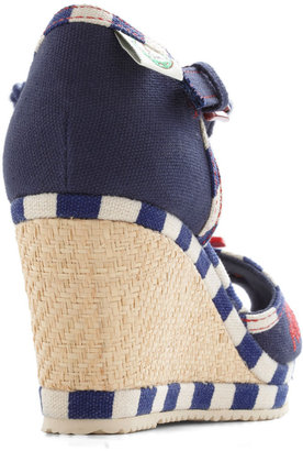 Miss L Fire Nautical Smile Wedge