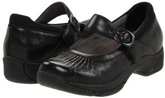 Dansko Kitty (Black Milled Leather) - Footwear