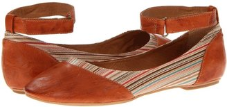 Miz Mooz Kazu (Red) - Footwear