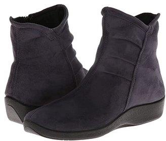 ARCOPEDICO L19 (Black) Women's Zip Boots