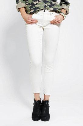 BDG Twig Grazer Mid-Rise Jean - White