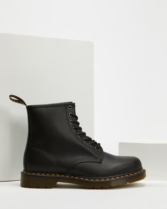 Dr. Martens Unisex 1460 Nappa 8-Eye Boots