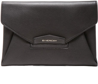 Givenchy Medium Antigona Envelope in Black