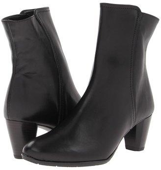ara Trifine (Black Leather) - Footwear