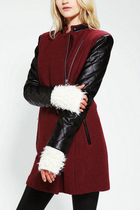 Urban Outfitters Furry Fingerless Glove