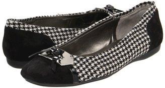 Bandolino Woundup (Houndstooth) - Footwear
