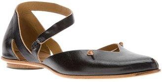 Cydwoq pointed toe sandal