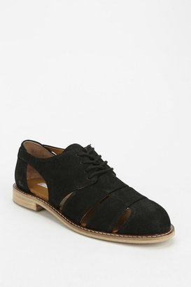 UO Cooperative Cutout Oxford