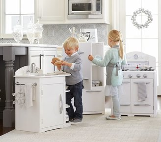Pottery Barn Kids Retro Kitchen Sink