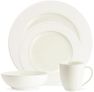 Noritake Dinnerware, Colorwave White Rim 4 Piece Place Setting
