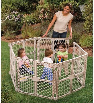 Summer Infant Sure and Secure Surround Gate