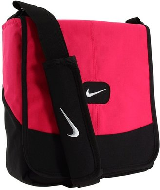 Nike Lunchtote Fall 2011 (Voltage Cherry) - Bags and Luggage