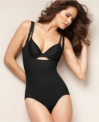 Maidenform Firm Control Ultimate Instant Slimmer Open Bust Body Shaper 2656 $57 thestylecure.com
