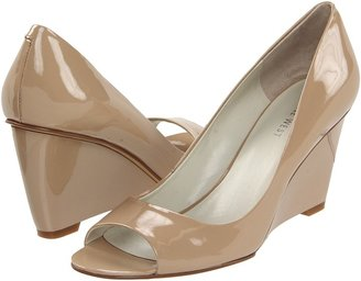 Nine West PeggyFo (Taupe Patent) - Footwear