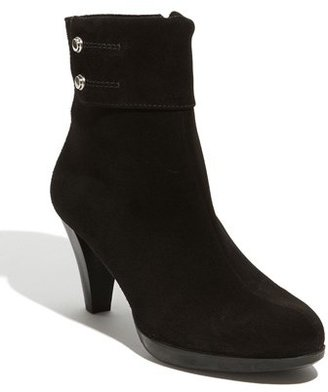 La Canadienne 'Mila' Waterproof Bootie