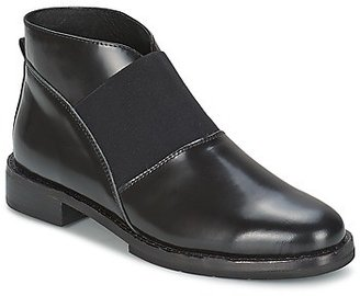 F-Troupe Chelsea Boot women's Low Ankle Boots in Black