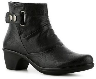 Easy Street Shoes Wynne Bootie