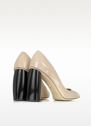 Marc Jacobs Nude and Black Leather Pump