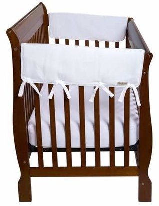 """Trend Lab Set of Two Fleece 27"""" Side Rail Cover for Convertible Crib - White"""
