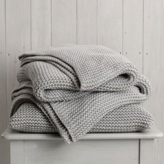 The White Company Grafton White Throw & Cushion
