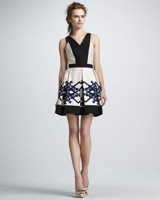 Robert Rodriguez Scroll Diamond Box-Pleat Dress