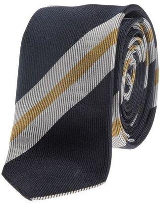 D&G Tie