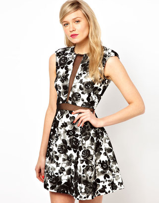 Love Plunge Dress In Floral Print With Mesh Insert