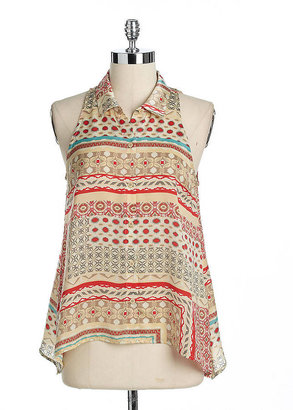 Collective Concepts Sleeveless Printed Button-Down Top