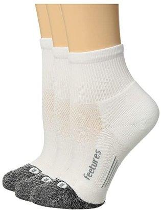 Feetures Elite Light Cushion Quarter 3-Pair Pack (White) Quarter Length Socks Shoes