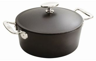 Lodge Signature Cast-Iron Dutch Oven, 7 qt.