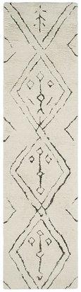 SAFAVIEH Casablanca Collection Runner Rug, 2'3