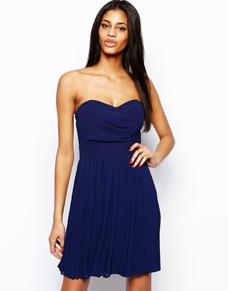 TFNC Prom Dress With Pleated Skirt