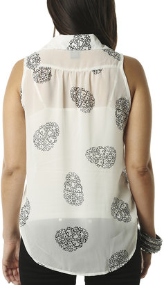 Wet Seal Skull Sleeveless Shirt