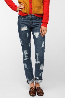 BDG Slim Straight Jean - Destructed