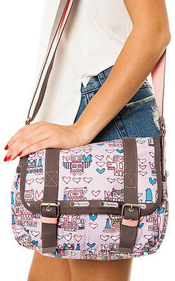Le Sport Sac The Two Pocket Messenger In Totally Totem