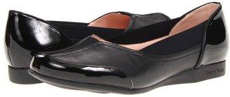 Taryn Rose Thalian (Black Soft Nappa Patent) - Footwear