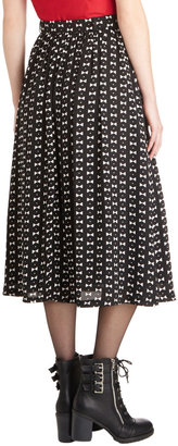 Convivial Curtsy Skirt