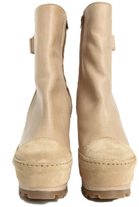 Acne Hero Wedge Boot in Skin